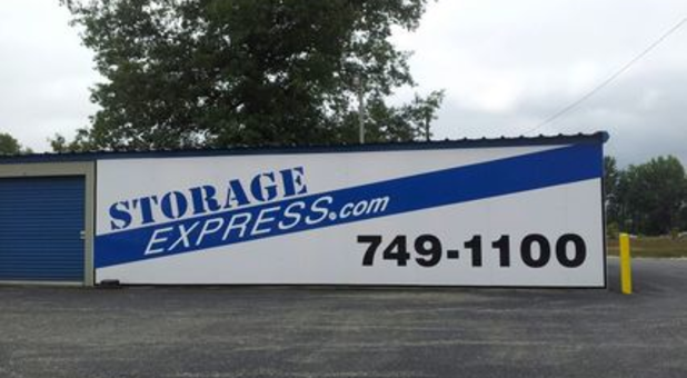 Sign that say Storage Express 749-1100