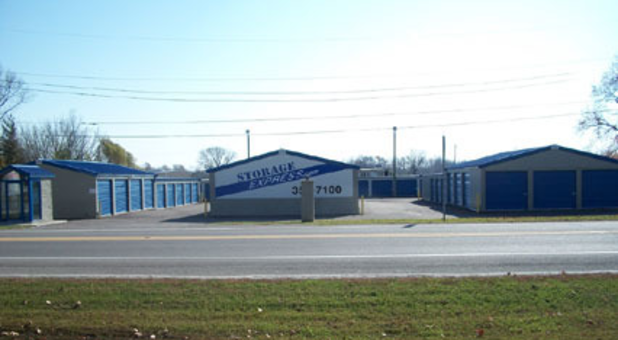 Street view of Petersburg storage facility