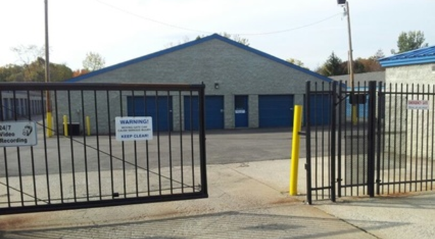 Secure gate to enter storage facility