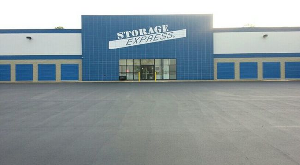 Main entrance to Storage Express