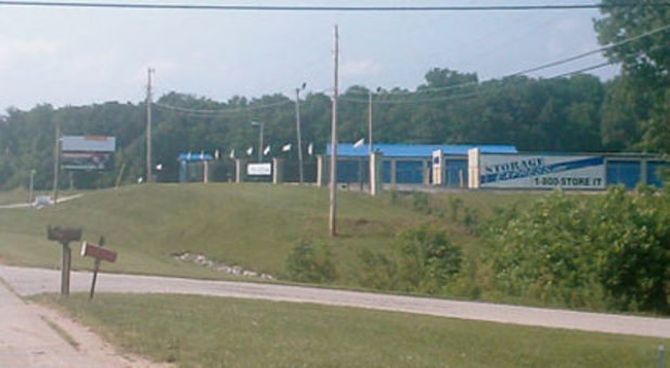 Street view of storage facility in Mitchell, Indiana