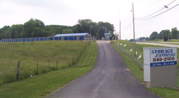 Road leading into Storage Express