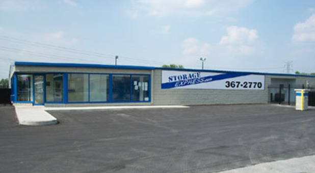 Storage rental center